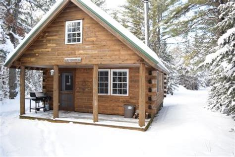 Cabins In Maine by Maine Log Homes Maine Log Cabins Maine Log Home Living