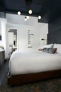 Best Light For Bedroom by 25 Best Ideas About Hotel Bedrooms On Pinterest Hotel