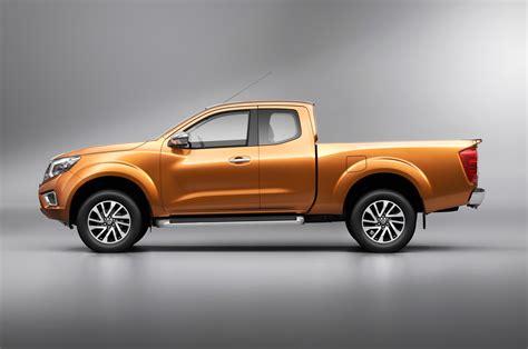 nissan np300 navara nissan np300 navara could hint next frontier pickup