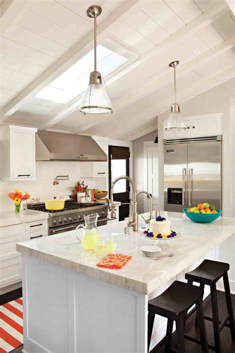 vaulted kitchen ceiling ideas best 25 vaulted ceiling kitchen ideas on
