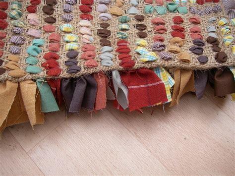 rag rug tutorial stitchin the day away rag rug tutorial