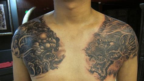 dragon tattoo los angeles fou dog and dragon shoulder and chest tattoo by master