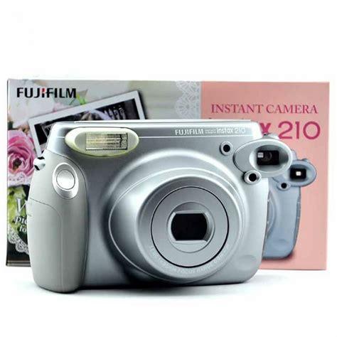 fujifilm instax 210 instant fujifilm instax 210 polaroid silver fuji srebreni