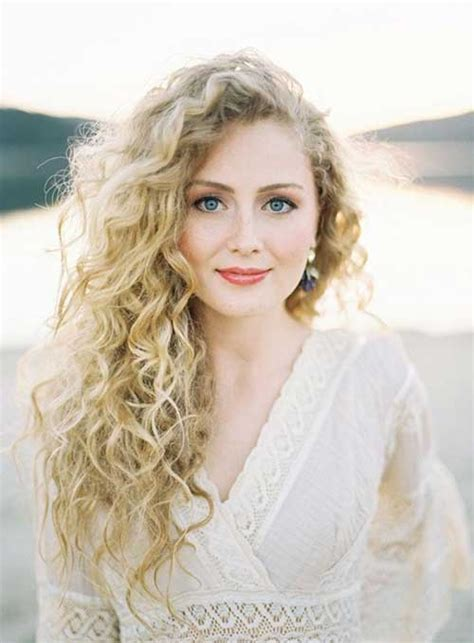naturally curly hair white women 20 hair cut for curly hair hairstyles haircuts 2016 2017