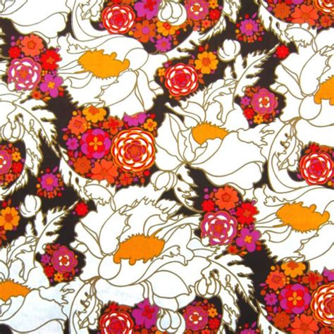 flower pattern textile four metres of vintage mint unused psychedelic flower