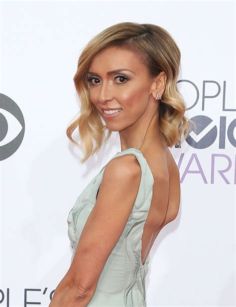 what is wrong with giuliana rancic face skinny giuliana rancic shows off thigh gap on vacation