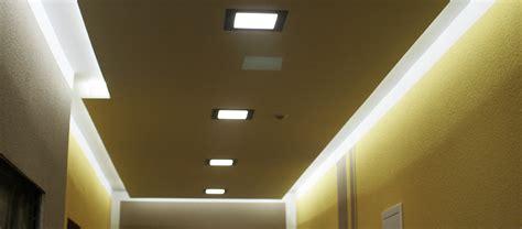 Flurbeleuchtung Decke by Schritt F 252 R Schritt Zum Neuen Licht Highlight Led