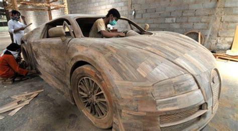 Wallsticker Bahan Kayu Ringan peneliti jepang pelajari kayu sebagai bahan baku mobil