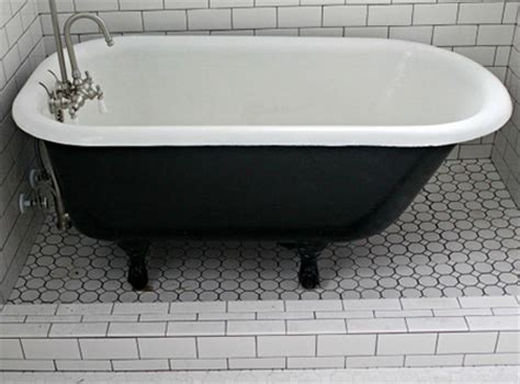 home dzine bathrooms paint  claw foot bathtub