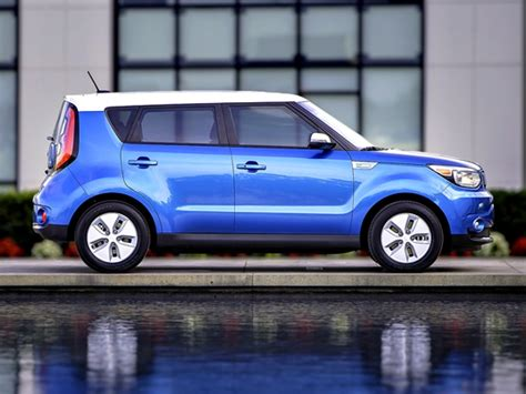 Kia Soul Electric Car Bev Hev And Phev Different Shades Of Green Ancira Kia