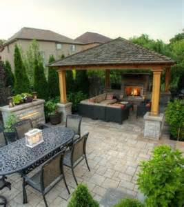 Pergola For Small Backyard by The 25 Best Ideas About Backyard Gazebo On