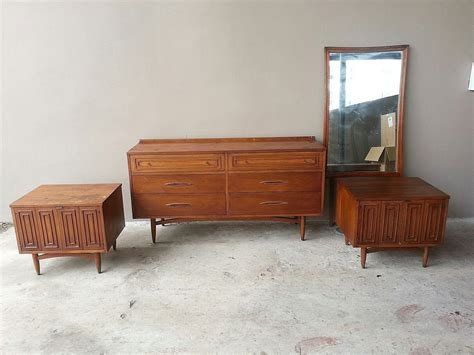 mid century modern furniture bedroom sets mid century