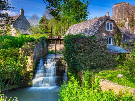 10 Places To Visit In The U K by The Top 10 Places To Visit In The Uk Saga