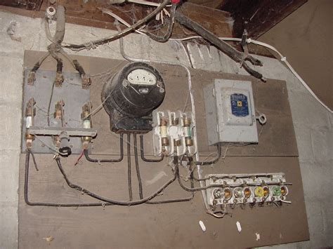 knob and tube fuse box