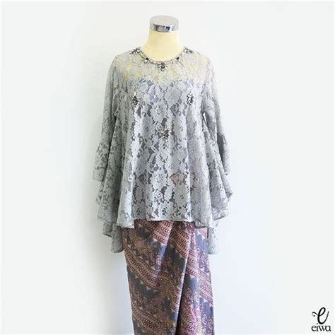 Dress Wanita Lace Brukat best 25 kebaya brokat ideas on kebaya muslim