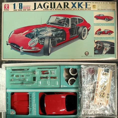 bandai  motorized jaguar xk  grand touring sport coupe   speeds  working lights