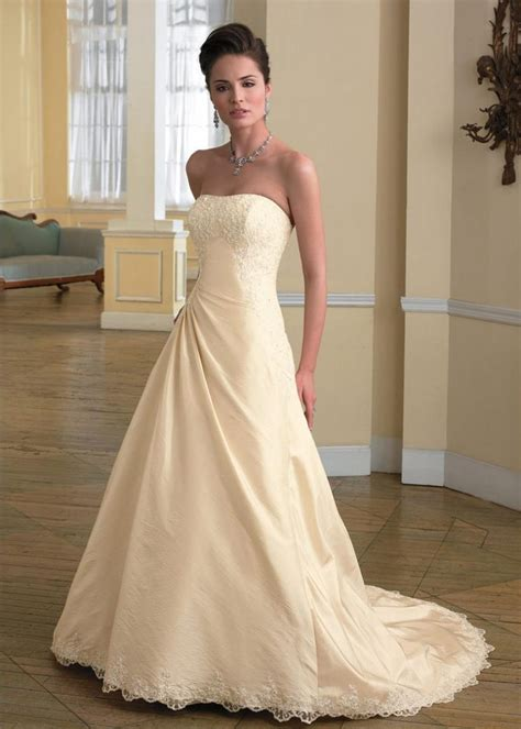 ivory color dress what color shoes ivory wedding dress style guru fashion