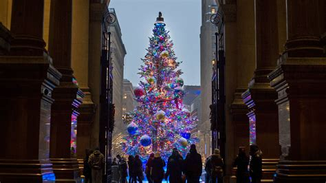 what time do they light the tree 20 must see attractions in philadelphia for 2018 visit philadelphia
