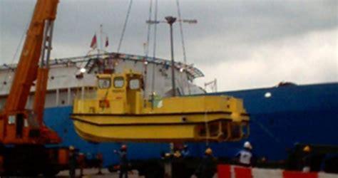 centurion boats factory location new five ab e centurion 30 minitug catamaran commercial