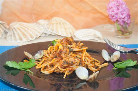 cucinare spaghetti alle vongole spaghetti alle vongole ricette di cucina