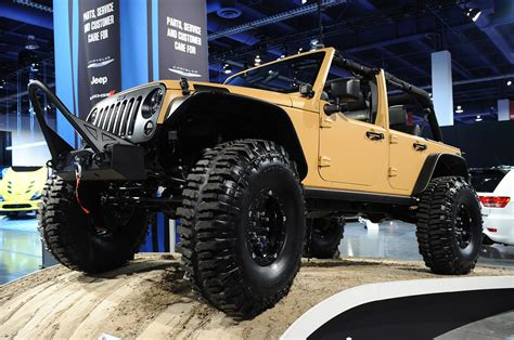 sema jeep mopar launches jeep performance parts with wrangler sand