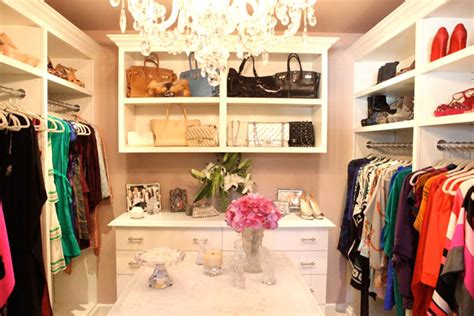 how to turn your closet into a chic boutique