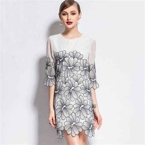 2015 new europe summer fashion embroidered lace dress