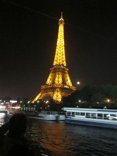 bateau mouche hotel paris paris at night picture of bateaux mouches paris