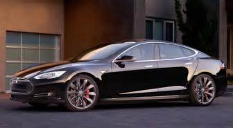 Tesla has unveiled a new version of its popular all electric model s