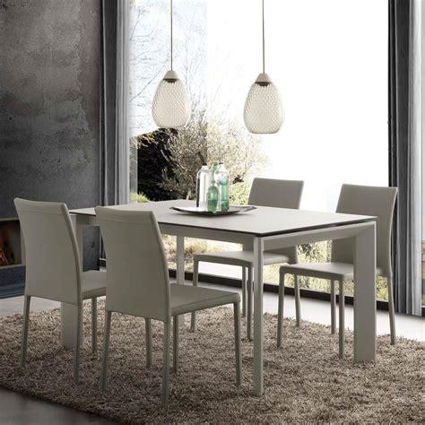 tavolo piano in vetro tavolo allungabile moderno con piano in vetro ceramica