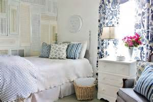 Guest Bedroom Looks Get The Look Blue And White Guest Bedroom Thistlewood Farm