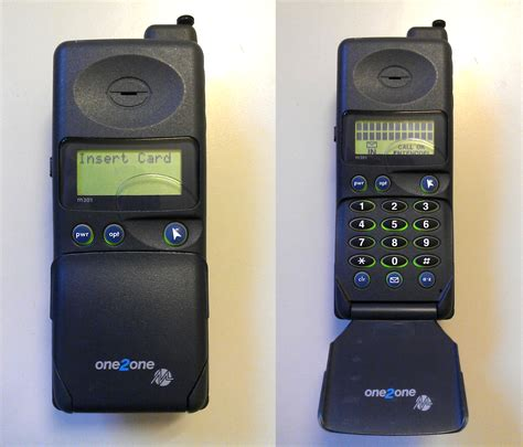 one by one mobile motorola microtac m301 mercury one2one by redfield 1982