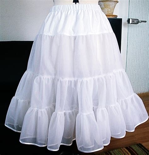 Fashion Dress Outer A30703 White the 50 s petticoat sewing projects burdastyle