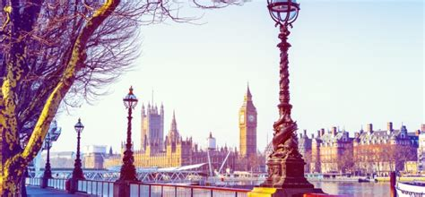 Best Books To Read Before Mba by Top 10 Books To Read Before You Study Abroad In The Uk