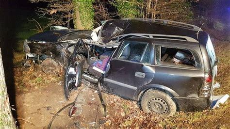 Autounfall 2 Kinder Tot by Unf 228 Lle Autounfall Vater Tot Verlobte Und Kinder
