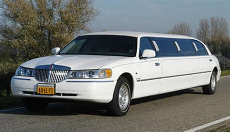 taxi limousine trouwen bij limo mij 171 huwelijk