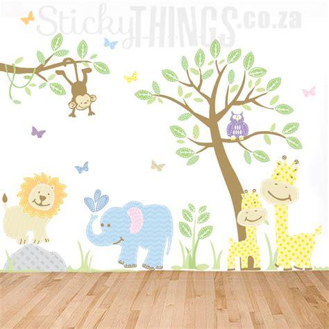 Wandtattoo Kinderzimmer Dschungel Safari by Safari Jungle Wall Decal Pastels Stickythings Co Za