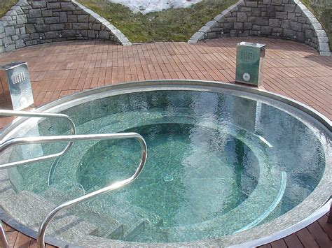 vasche piscina piscina con idromassaggio by happy sauna