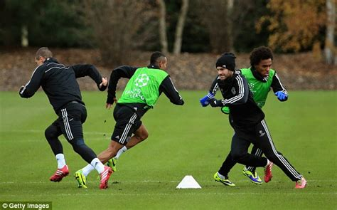 Mata Solder Goot T 19a mourinho keeps mata out in the cold as chelsea prepare for