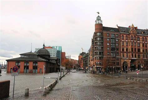 wann ist der fischmarkt in hamburg 1115 1372 der fischmarkt unter wasser hochwasser in