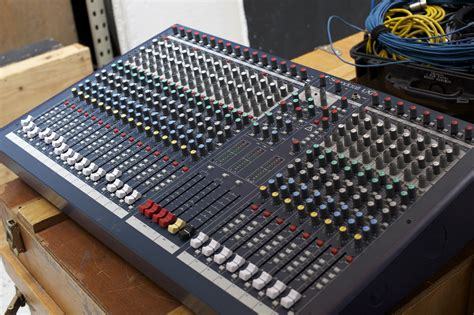 Daftar Mixer Audio Soundcraft image gallery soundcraft