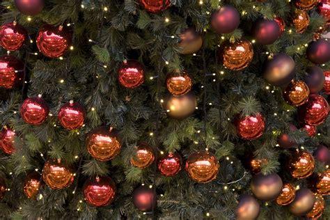 tafel kerstversiering maken zelf kerstdecoratie maken woninginrichtingonline