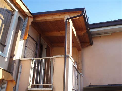 tettoie per balconi in legno tettoie per entrate e balconi civer coperture snc