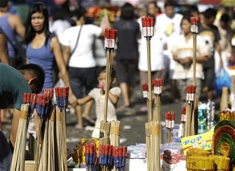 new year in the philippines 2014 getting ready for new year welcome 2015 with a big