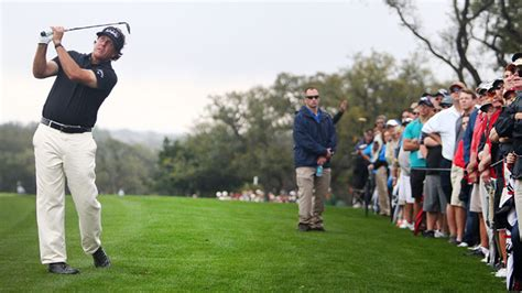 mickelson golf swing phil mickelson shoots 77 in valero texas open perez and
