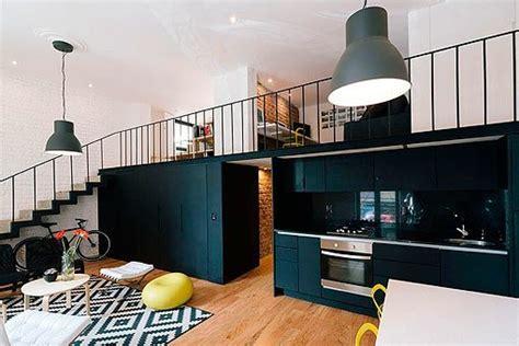 apartamento loft minimalista en blanco y negro decoraci 243 n loft en blanco y negro con entreplanta 161 gana metros 250 tiles