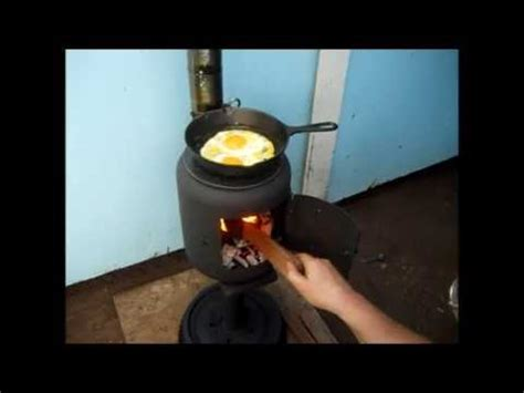Log Cabin Plans by Cooking Eggs On The Little Potbelly Stove Youtube