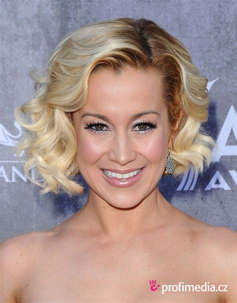 Kellie Pickler Hairstyles Photos by Kellie Pickler Hairstyle Easyhairstyler