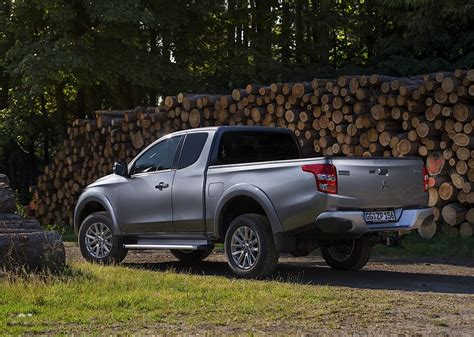 mitsubishi pickup trucks mitsubishi pickup truck new cars review