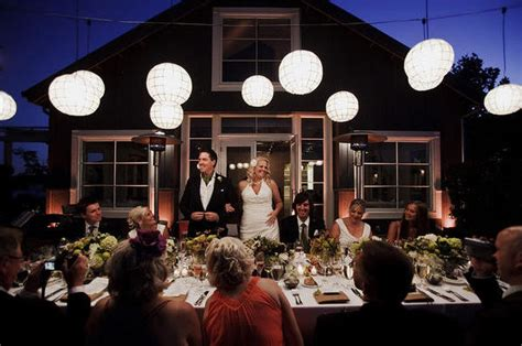 wedding etiquette planning an intimate reception on a budget